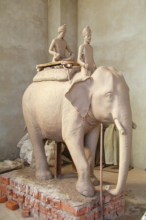 http://zgallery.zcubes.com/assets/Photos/Sculptures/P1310231.JPG